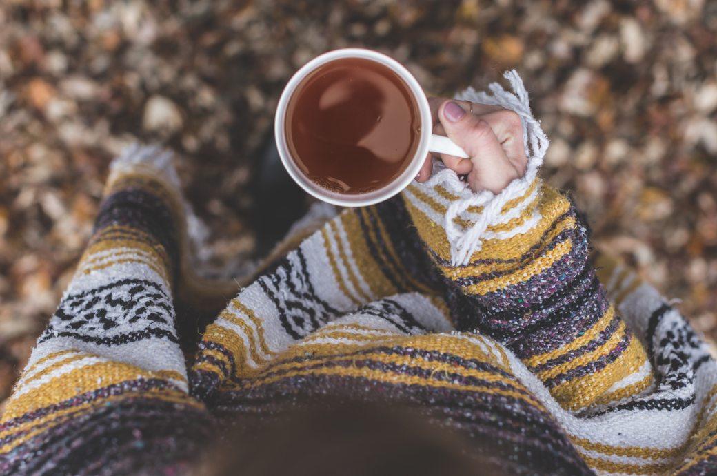 cup-drink-hand-mug-373926
